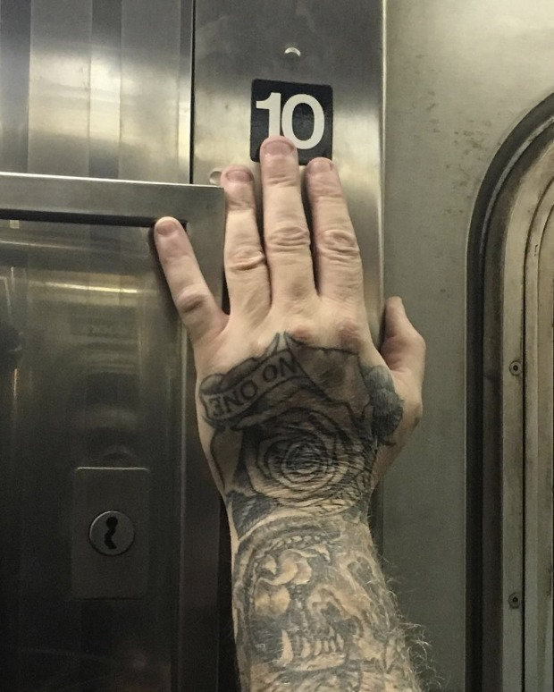 subwayhands10